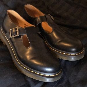 """New Dr Martens """"Polley Smooth"""" mary janes size 9"""